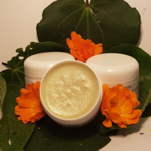 kawakawa, comfrey and calendula magnesium cream